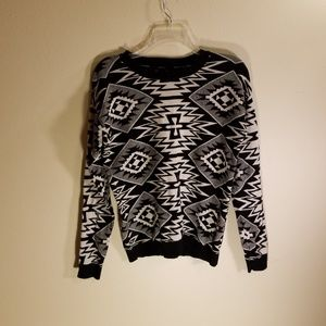 Forever 21 black print sweater
